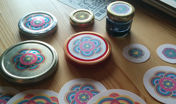 Jewish Art Round Labels Photo